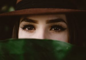 5 reasons for eyelash loss